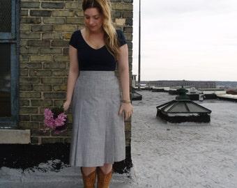 Classic Grey High Waist Skirt/ Retro Skirt/Business Casual Skirt/Office Skirt/Traditional Skirt/Minimalist Skirt/Chic Skirt/Simple/Pleated