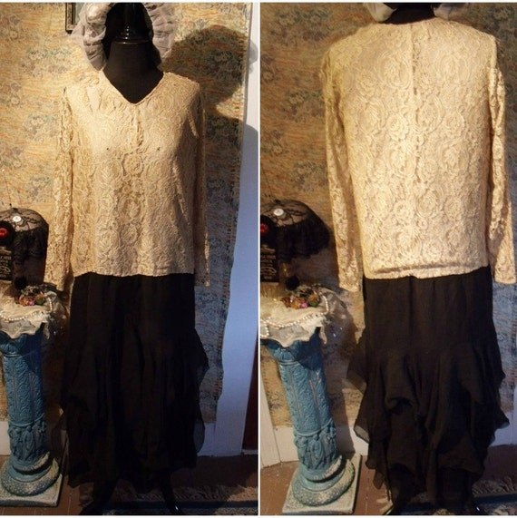 1920s Flapper Gown . Cream Lace and Black Silk Chiffon . AS-IS .