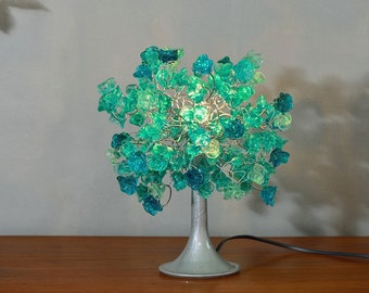 Turquoise flowers Table lamp with metal wires, small table lamp, Turquoise flowers lighter for desk or bedside table.