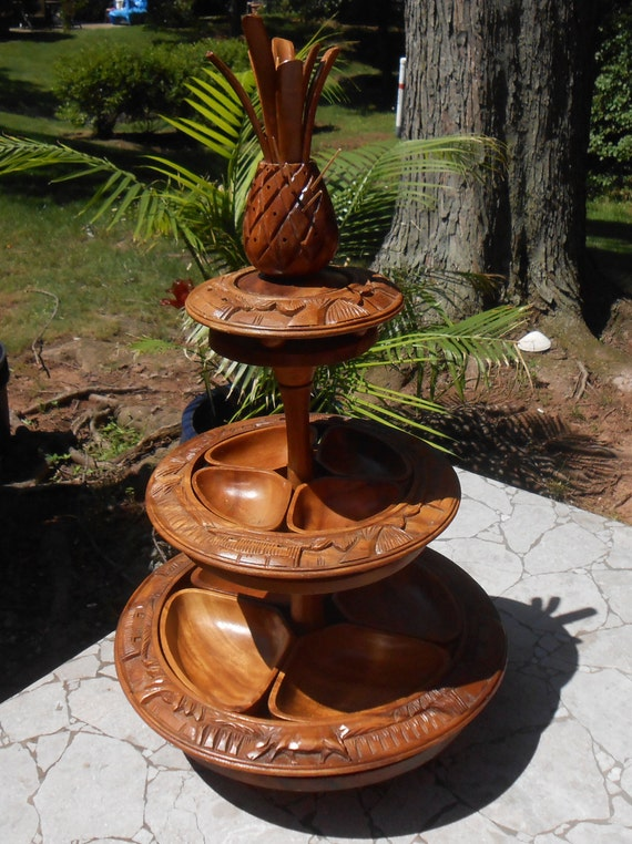 Lazy susan turntable wooden server centerpiece tray carved