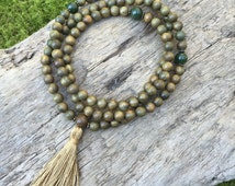 RARE Vintage Alaskan Jade & Green Sandalwood Mala Prayer Bead Stretchy Necklace or Wrap Bracelet Meditation Yoga Beads Bicycling Buddha B059