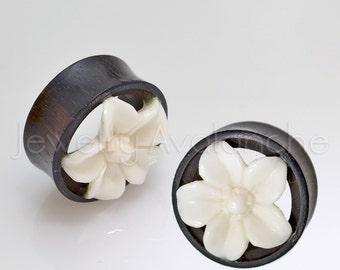 Organic Wood Plugs, Body Jewelry, Ladies Organic Plugs, Double Flare White Astra Flower Five Curled Petals Organic Ear Tunnel Plugs,