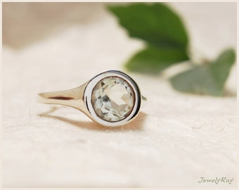 Unique Engagement Ring - Sterling Silver and Green Amethyst Ring, Mint Green ring, Unique Promise ring, Solitaire ring, Unique Amethyst ring