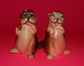 "3 1/4"" Beaver Ceramic H732 Japan Salt + Pepper Shakers Kitchen Decor/Spices"