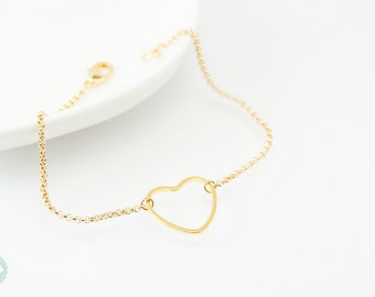 Heart bracelet, daity bracelet, gold bracelet, heart, charm bracelet, gold chain bracelet, cute bracelet, friendship bracelet, gold chain