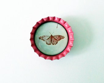 Beautiful Pink Vintage Butterfly Bottlecap Magnet