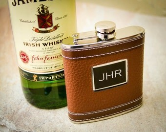 Personalized Flask, Custom Flask, Monogrammed Flask, Engraved Flask, Medallion Hip Flask: Gift for Him, Groomsmen, Bachelors Party Gift