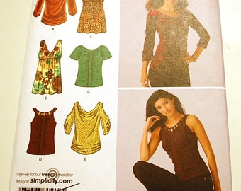 Simplicity 3536 - Misses Knit Top Pattern - Sizes 12 to 20
