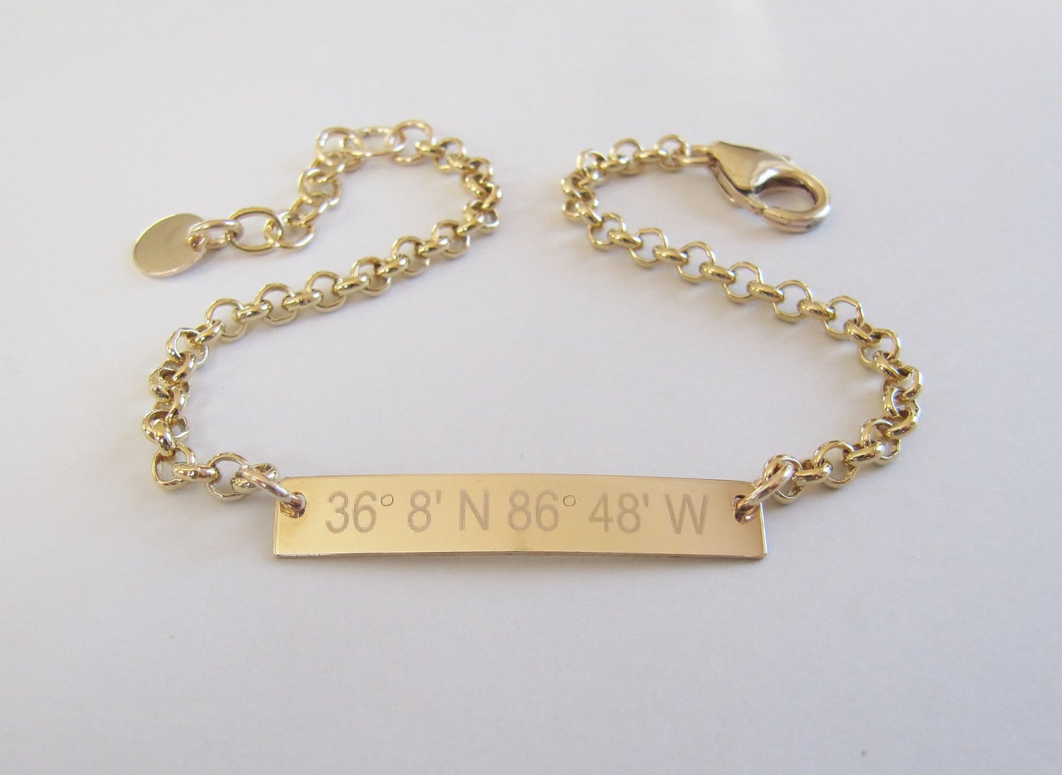 gold bar bracelet personalized id barhorizontal