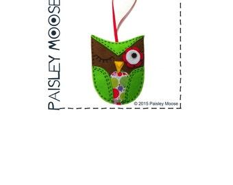Winking Owl Felt Ornament Pattern