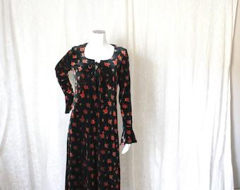 Black Velvet Maxi Dress with Red Roses - S
