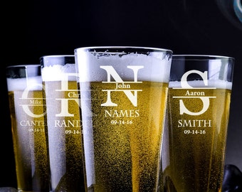Wedding Party Gift - Bridal Party Gift - Personalized Pint Glasses - Beer Lover - Birthday Gift For Him - Personalized Groomsmen Beer Glass