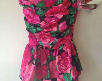 Vintage 1990s Skirted Swimsuit / Floral One Piece Bathing Suit / Modest Swimsuit Size 10