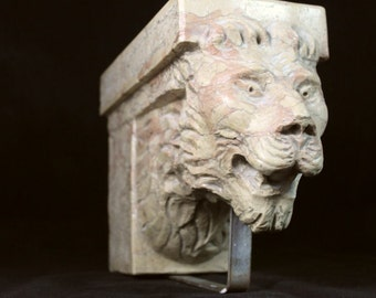 Sculpture: marble shelf in ancient stone - fountain