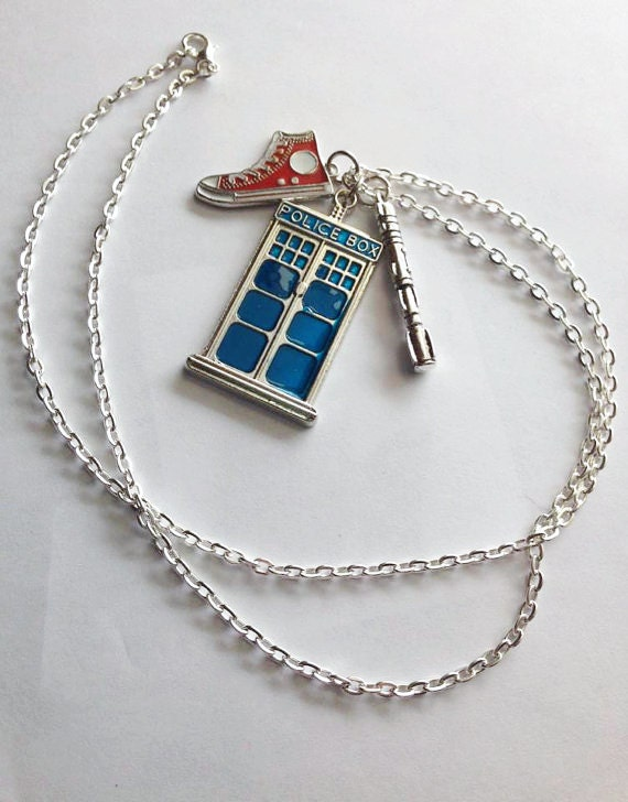 tenth doctor pendant doctor who inspired jewelry tardis