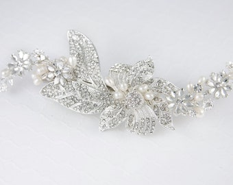 Bridal Hair Clip Hair Piece Ivory Freshwater Pearls Rhinestone Floral Design Silver Wedding Headpiece Accessories Bride
