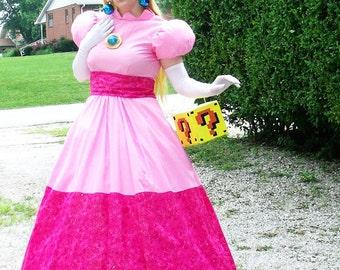 Princess Peach Toadstool Cosplay Dress