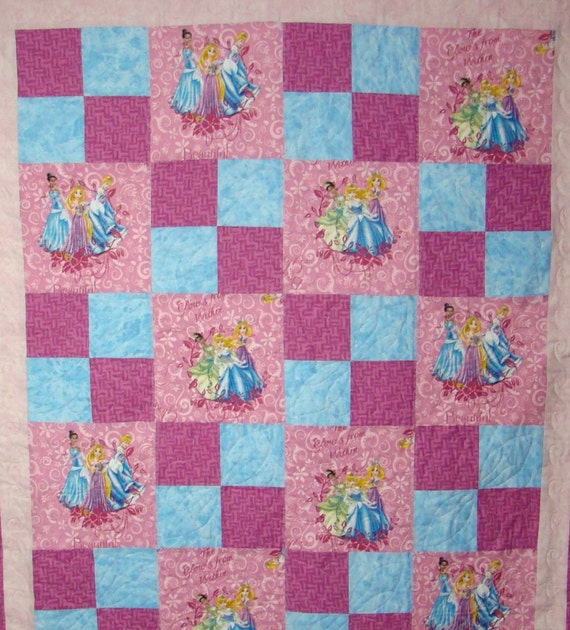 Disney Princess Quilts: Disney themed quilts will make the : disney princess quilt - Adamdwight.com