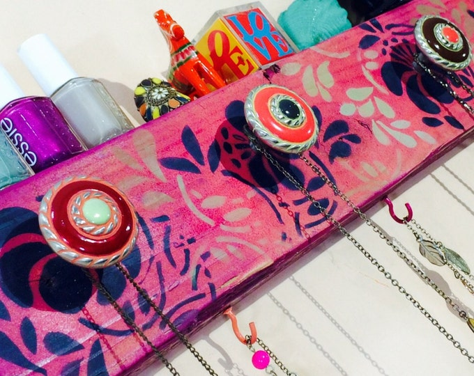 Necklace holder reclaimed wood hanging organizer/ jewelry hanger recycled wall storage stenciled Art Deco flowers 6 coral pink hooks 5 knobs