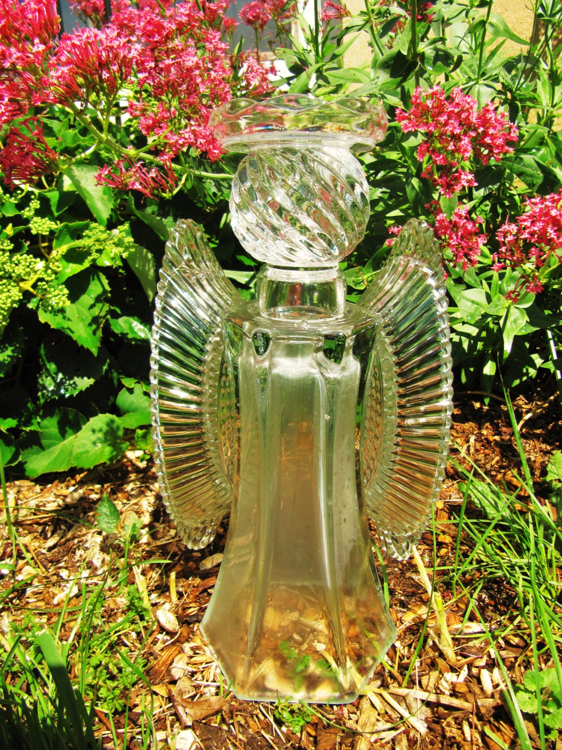 garden glass 28 images macgirlver garden totems. Black Bedroom Furniture Sets. Home Design Ideas