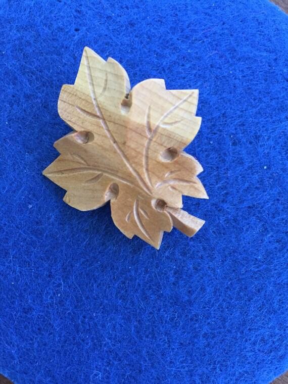 Maple leaf carved wooden pin vintage
