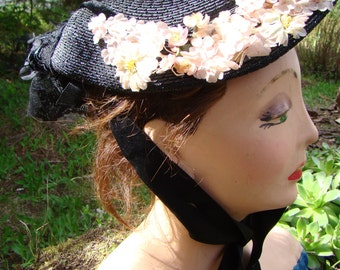 Elegant 1900s Black Straw Hat with Pink Flowers and Netting