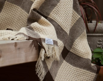 Vintage 50's Brown and Cream Woven Faribo Wool Lap Blanket • 57 x 45 Faribo Wool Blanket