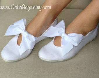 woman's wedding shoes girls mary jane shoes white cotton wedding flats bridal shoes summer dress shoes rustic wedding bridesmaid gift
