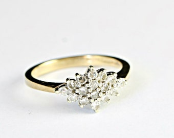Diamond engagement ring in 9ct gold diamond cluster wedding ring vintage 1980's 80's