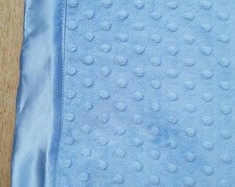 Light blue and light pink Minky Blanket/mantas para bebes en rosa o celeste