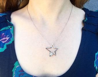 18K White Gold Retro Lucky Star Diamond Pendant Necklace