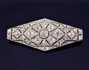 Art Deco diamond brooch. Vintage diamond brooch, circa 1920s.