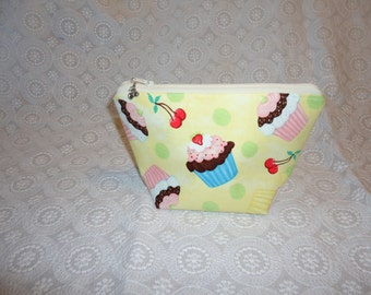 Cupcake Makeup Bag