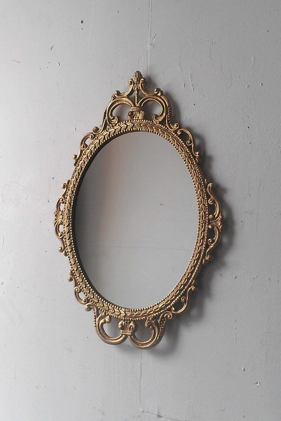 Gold mirror in vintage oval frame small bathroom wall mirror for Small white framed mirrors