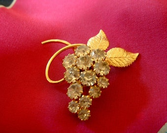 Vibrant Vintage Rhinestone Golden Grape Vine Pin Brooch Hand Set Stones
