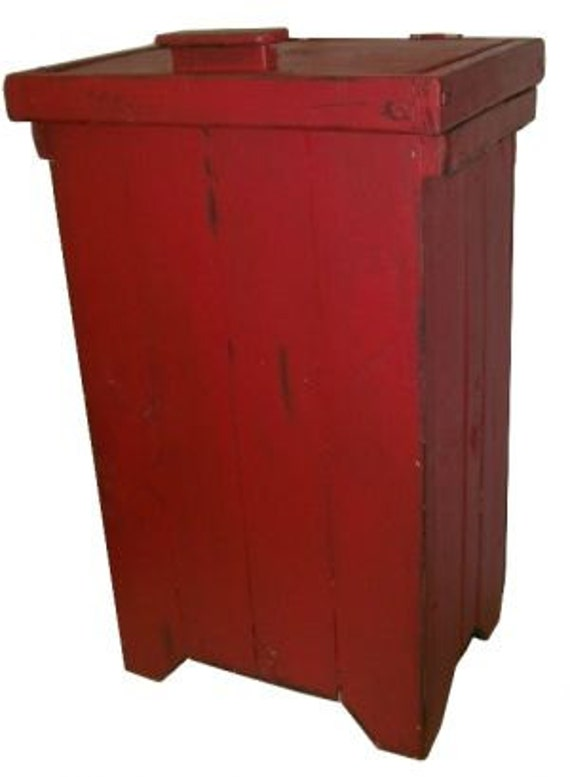Primitive Distressed Trash Bin, Red Wash  ATC993