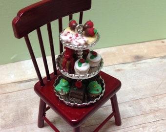 Miniature Christmas Triple Tier - 1:12 Scale