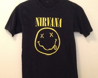 1992 Nirvana Smiley Face Nevermind Concert Band Tee