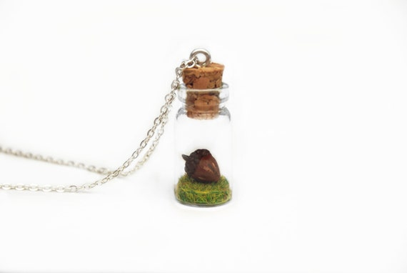 https://www.etsy.com/uk/listing/238738321/acorn-necklace-autumn-gift-nature?ref=shop_home_active_22