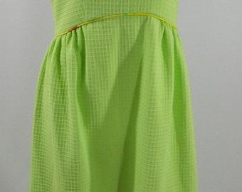 1950's Lime Green Sleeveless Shift Dress, Size Medium