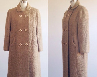 Brown coat- Camel coat- Wool coat- Wool outerwear- Winter coat- Fall coat- Peter pan coat- 1950s coat- 50s outerwear-Three quarter sleeve