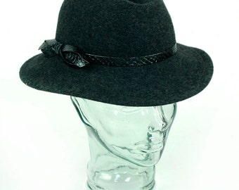 Women's Therese Ahrens Gray Wool Hat Felt Vintage New Made in USA Wide Brimmed Vintage Sun Hat Retro Medium Size Ladies Lady Hat