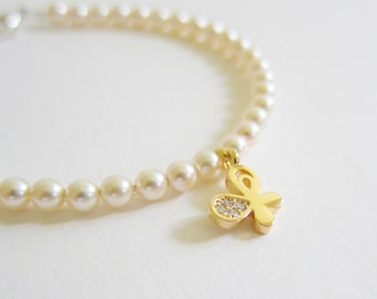 Pearl Bracelet, Gold Bracelet with Swarovski Pearls and Butterfly Charm