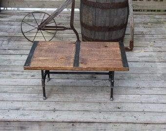Pipe leg Coffee Table, Industrial Coffee Table, Reclaimed wood, Vintage Table, Rustic Coffee Table, Industrial Table, Barn board