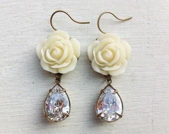 Clear Crystal Earrings/Swarovski Crystal Earrings/Cream Earrings/Ivory Earrings/Rose Earrings/Flower Earrings/Crystal Earrings