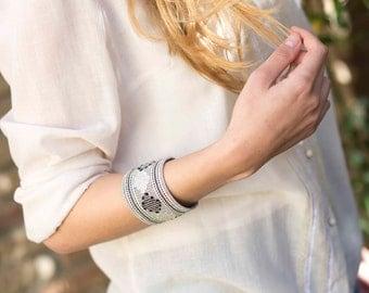 Kiki - Geometric handwoven cuff bracelet