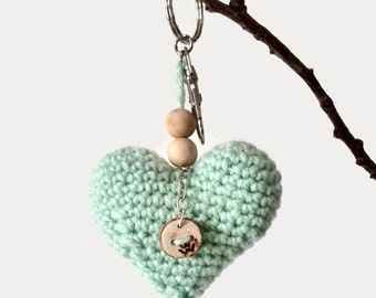 Crochet heart keychain - bag charm heart with wooden beads - cute key chain