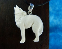 White Wolf Necklace - Spirit animal necklaces - White wolf necklace - Howling wolf carved necklace - bone carved necklace - X27