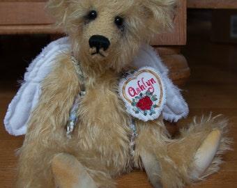 "Ashlyn, 13"" OOAK Mohair Fur Artist Bear by Patricia Bruce"