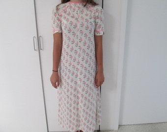 Maxi t shirt dress tulip cover up lingerie mod hostess gown